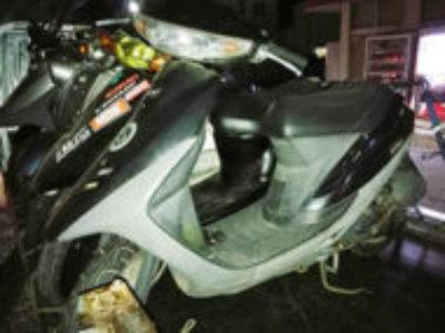 厚木市妻田北3丁目で原付バイク スーパーDio 黒を無料で引き取り