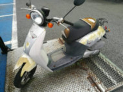茅ヶ崎市萩園でホンダ トゥデイ シルバーを無料で引き取り処分