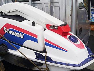 板橋区で無料引き取り処分したジェットスキー カワサキ JS550 (白)
