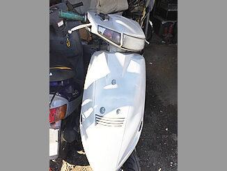 横浜市戸塚区で無料で引き取りと廃車したスズキ アドレスV100(白色)