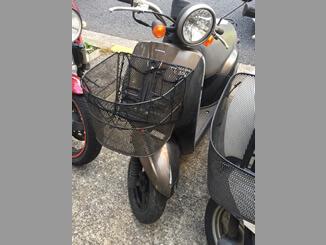 越谷市下間久里で無料で引き取りしたホンダ トゥデイDX50(ブラウン・前カゴ付)