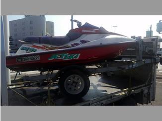 群馬県高崎市小八木町で無料で引き取り処分したカワサキのジェットスキー 900 ZXi 赤&白