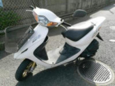 立川市栄町5丁目のホンダ スマートDio Z4 前カゴ付・白を無料引き取り処分