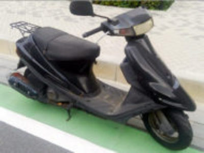 草加市松原1丁目で原付バイク アドレスV100 黒を無料で引き取り処分