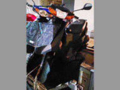 草加市谷塚上町でスズキ レッツ2 ブラック 前カゴ付きを無料で引き取り