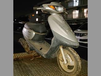 東京都昭島市美堀町5丁目で無料で引き取りと廃車をしたヤマハ JOG2スト シルバー