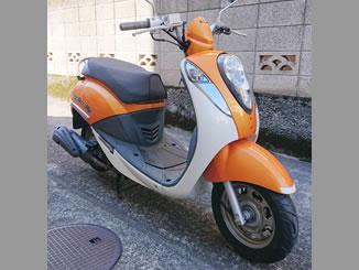 世田谷区羽根木1丁目で無料で引き取りと廃車をしたSYM Umi100 白&オレンジ