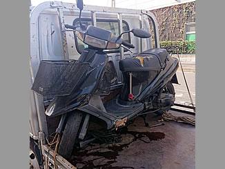 大田区東海で無料で引き取りと廃車をしたスズキ アドレスV100 ブラック 前カゴ付き