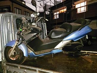 千葉市花見川区朝日ケ丘2丁目で無料で引き取りと廃車をしたホンダ シルバーウイング400 ブルー