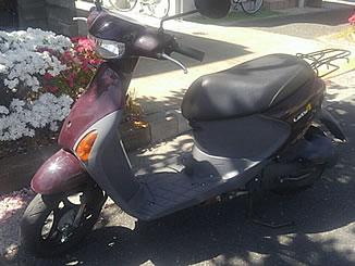 足立区西伊興3丁目で無料で引き取りと廃車をした原付バイクのレッツ4 スウィートブラウン
