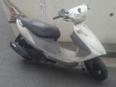 江戸川区平井3丁目の原付バイク アドレスV125Gの引き取りと処分が無料