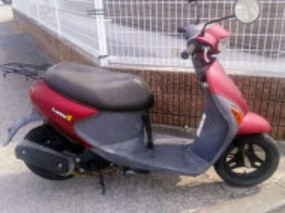 稲城市大丸で原付バイクのスズキ レッツ2 レッドを無料で引き取り処分