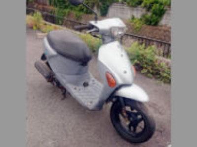 横須賀市長沢1丁目で原付バイクのスズキ レッツ4 シルバーを無料で引き取り処分