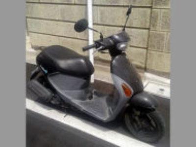 川口市西青木2丁目で原付バイクのスズキ レッツ4 ブラックを無料で引き取り処分