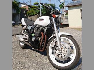 八王子市片倉町で無料で廃車と処分をした400ccバイクのヤマハ XJR400 ブルーイッシュホワイトカクテル2
