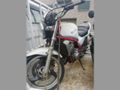 中野区大和町1丁目で250ccバイクのカワサキ バリオス シルバーを無料で引き取り処分