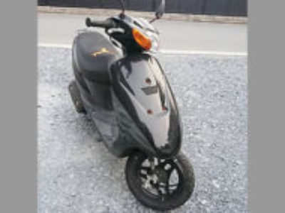 蕨市中央2丁目で原付バイクのスズキ レッツ2 ブラックを無料引き取りと処分