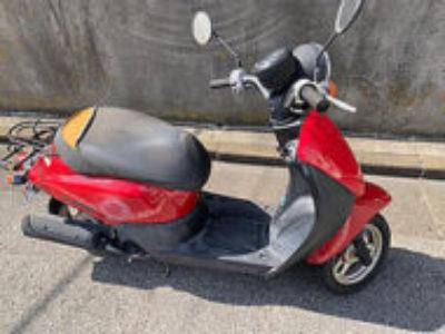 足立区宮城1丁目で原付バイクのホンダ トゥデイ FI レッドを無料で引き取りと処分