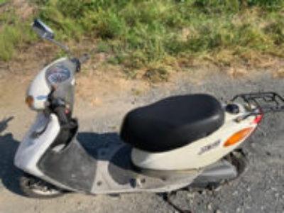 茨城県結城市で原付バイクのヤマハ JOG FI ホワイトを無料で引き取り処分と廃車