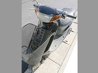 八潮市八條で無料で引き取り処分と廃車をした原付バイクのヤマハ JOG C