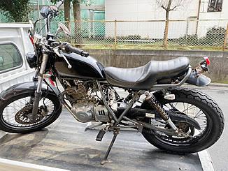 中野区弥生町1丁目で無料で引き取り処分をした250ccバイクのグラストラッカー