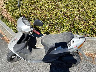 東京都北区田端1丁目で無料で引き取り処分と廃車をした原付バイクのスズキ レッツ2