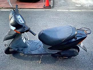 足立区花畑6丁目で無料で引き取り処分と廃車をした原付バイクのスズキ レッツ2 G