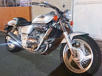 市川市宝で無料で引き取り処分と廃車をした250ccバイクのVツインマグナ