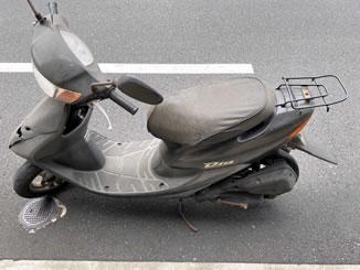 豊洲市場で無料で引き取り処分をした原付バイクのライブDio J