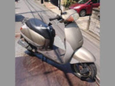 川崎市高津区梶ケ谷で原付バイクのタクトを無料引き取りと処分