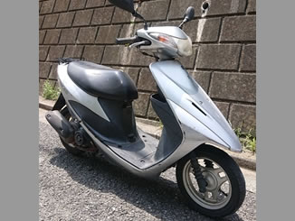 板橋区若木で無料で引き取り処分と廃車をした原付バイクのアドレスV50