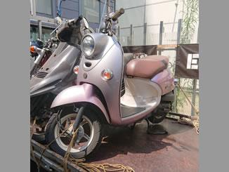 新宿区新宿で無料で引き取り処分と廃車をした原付バイクのヤマハ ビーノ4スト