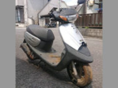 練馬区南大泉で原付バイクのヤマハ JOG(YV50Z) シルバーメタリック1を無料引き取り処分と廃車手続き代行
