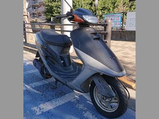 小平市仲町で無料で引き取り処分と廃車手続き代行をした原付バイクのホンダ タクト ピュアブラック色