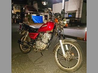 草加市で無料で引き取り処分と廃車手続き代行をした125ccバイクのスズキ GN125H レッド