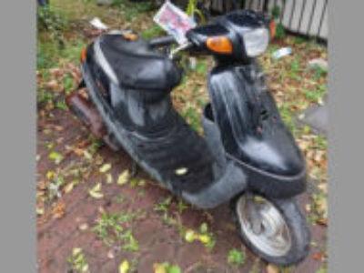 足立区にある原付バイクのヤマハ JOGアプリオ(4JPA) ブラック2を無料で引き取り処分と廃車手続き代行